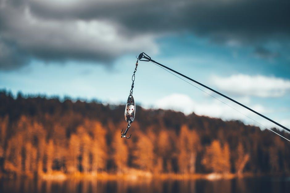Fiskekrok på fiskespö
